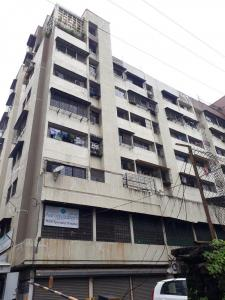 Gallery Cover Image of 950 Sq.ft 2 BHK Apartment for rent in Sahyog Complex, Thane West for 21000