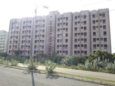 Gallery Cover Image of 650 Sq.ft 1 RK Apartment for rent in TNHB LIG Flats, Sholinganallur for 7500