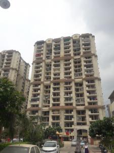 Gallery Cover Image of 1225 Sq.ft 3 BHK Apartment for buy in Mahagun Puram Phase 1, Mahagunpuram for 6200000
