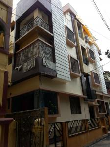 Gallery Cover Image of 700 Sq.ft 2 BHK Apartment for buy in Ganapati Apartment, Ashokgarh for 3500000