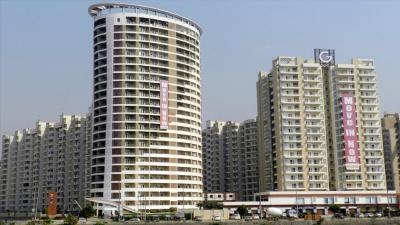 Gallery Cover Image of 1230 Sq.ft 2.5 BHK Apartment for buy in Gulshan Vivante, Sector 79 for 7200000