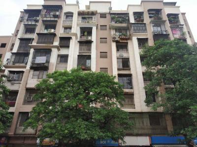 Topaz Apartment