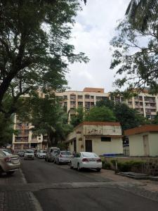 Gallery Cover Image of 580 Sq.ft 1 BHK Apartment for rent in Lok Nisarg Apartments, Mulund West for 18000