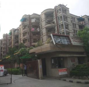 Gallery Cover Image of 2000 Sq.ft 4 BHK Apartment for rent in Neelachal Apartments, Sector 4 Dwarka for 34000