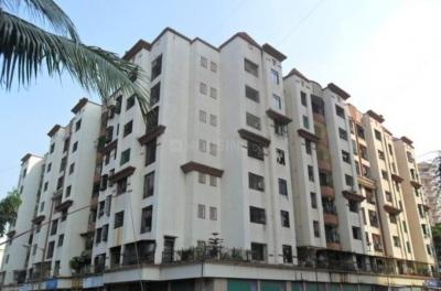 Gallery Cover Image of 600 Sq.ft 1 BHK Apartment for rent in Thakur Gayatri Satsang, Kandivali East for 23000