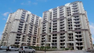 Gallery Cover Image of 1300 Sq.ft 3 BHK Apartment for rent in Mahagunpuram, Mahagunpuram for 9999