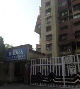 Gallery Cover Image of 1800 Sq.ft 3 BHK Apartment for rent in Rudra Apartment, Sector 6 Dwarka for 30000