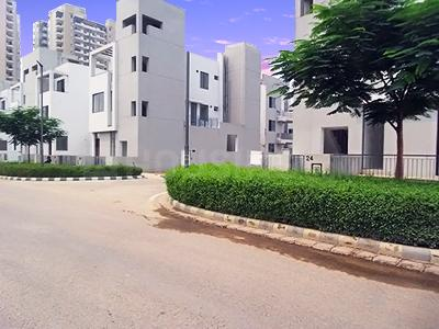 Gallery Cover Image of 925 Sq.ft 2 BHK Independent House for buy in Vatika India Next, Sector 82A for 5800000