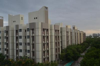 Gallery Cover Image of 1055 Sq.ft 2 BHK Apartment for rent in Bakeri Sakshat Apartments, Vejalpur for 16500
