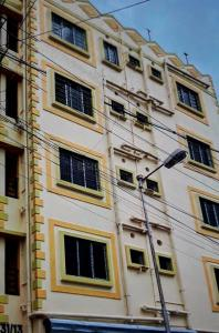 Gallery Cover Image of 1250 Sq.ft 2 BHK Apartment for buy in anupama apartment, Baranagar for 5100000