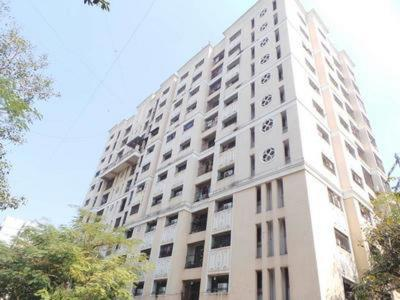 Gallery Cover Image of 652 Sq.ft 1 BHK Apartment for rent in Shakti Sadan Apartment, Bandra East for 35000