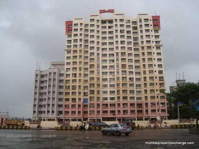 Gallery Cover Image of 950 Sq.ft 2 BHK Apartment for rent in Mahavir Platinum, Chembur for 35000