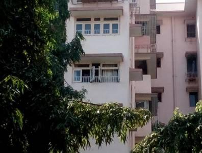 Gallery Cover Image of 6000 Sq.ft 4 BHK Apartment for buy in Sea Breeze Apartment, Andheri West for 198000000