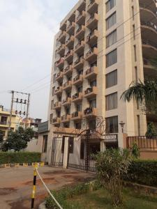 Gallery Cover Image of 1500 Sq.ft 3 BHK Apartment for rent in CGHS Narkanda Apartment, Sector 31 for 29000