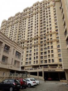 Gallery Cover Image of 1380 Sq.ft 3 BHK Apartment for rent in Rosa Oasis, Hiranandani Estate for 37500