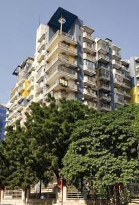 Gallery Cover Image of 2000 Sq.ft 3 BHK Apartment for rent in HRC Professional, Vaibhav Khand for 18000