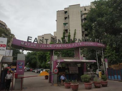 Gallery Cover Image of 1100 Sq.ft 2 BHK Apartment for rent in East End Apartment, New Ashok Nagar for 22000