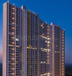 Gallery Cover Image of 1450 Sq.ft 3 BHK Apartment for rent in Raheja Exotica Verona, Madh for 50000