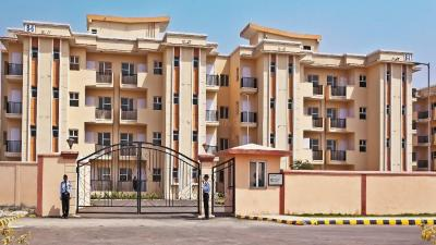 Gallery Cover Image of 1350 Sq.ft 3 BHK Apartment for rent in Sare Saamag Ebony Greens by SARE Homes, Lal Kuan for 8000