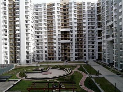 Gallery Cover Image of 1040 Sq.ft 2 BHK Apartment for rent in 121 Homes, Sector 121 for 15000