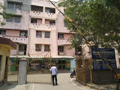 Gallery Cover Image of 400 Sq.ft 1 RK Apartment for buy in Sunrise Apartments, Bakkarwala for 1600000