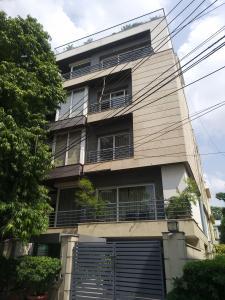 Gallery Cover Image of 1500 Sq.ft 3 BHK Apartment for buy in RWA Hauz Khas Block C 1, Safdarjung Development Area for 46000000