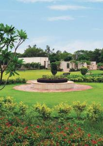 Gallery Cover Image of 1650 Sq.ft 4 BHK Villa for buy in Alpha International City, Alpha International City for 4500000
