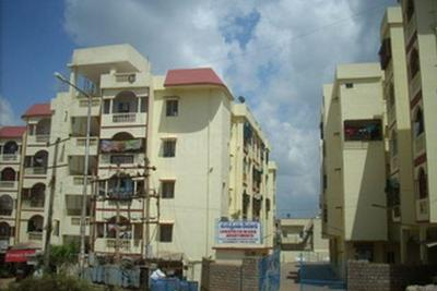 Gallery Cover Image of 560 Sq.ft 2 BHK Apartment for rent in Janapriya Nivas, Thammenahalli Village for 10000