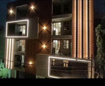 Gallery Cover Image of 668 Sq.ft 2 BHK Independent Floor for buy in S Gambhir Homes, Dwarka Mor for 3700000