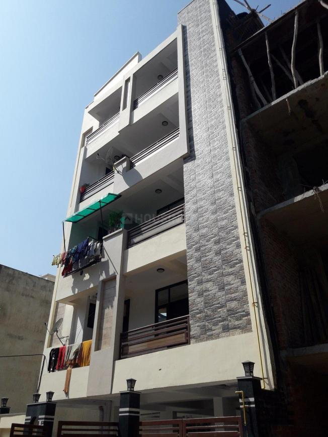 Gallery Cover Pic of S.R. Apartment - 2