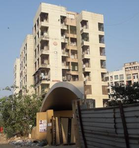 Gallery Cover Image of 785 Sq.ft 2 BHK Apartment for rent in Ravi Gaurav Valley, Mira Road East for 14000