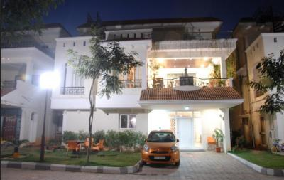 Gallery Cover Image of 4500 Sq.ft 5 BHK Villa for buy in Kanishka Cyber Meadows Society, Gachibowli for 51000000