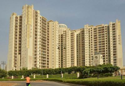 Gallery Cover Image of 3500 Sq.ft 4 BHK Apartment for buy in DLF The Summit, Sector 54 for 43500000