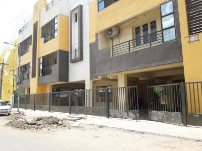 Gallery Cover Pic of Eswaran Apartments
