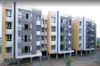 Gallery Cover Image of 923 Sq.ft 2 BHK Apartment for buy in Urban Tree Oxygen, Perumbakkam for 4699916