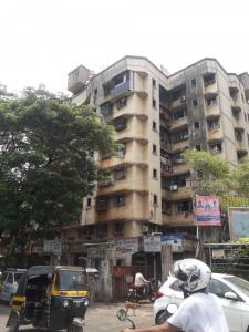 Gallery Cover Image of 305 Sq.ft 1 RK Apartment for rent in Jai Bhavani Nagar, Goregaon East for 13500