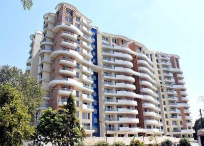 Gallery Cover Image of 2200 Sq.ft 3 BHK Apartment for buy in MP Tulsi Towers, Tulsi Nagar for 13700000