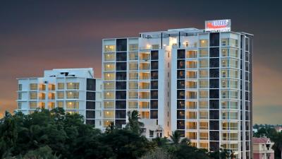 Gallery Cover Image of 1503 Sq.ft 2 BHK Apartment for buy in Lancor Cirrus, Valasaravakkam for 15000000