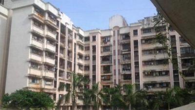 Gallery Cover Image of 490 Sq.ft 1 BHK Apartment for buy in Lokhandwala Green Meadows, Kandivali East for 6800000