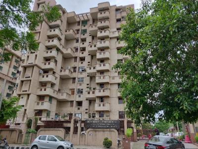 Gallery Cover Image of 2600 Sq.ft 4 BHK Apartment for rent in Mohinder Apartment, Sector 12 Dwarka for 50000