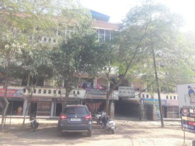 Gallery Cover Image of 1200 Sq.ft 2 BHK Apartment for rent in Friends Apartment, Sheshadripuram for 30000