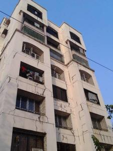Gallery Cover Image of 600 Sq.ft 1 BHK Apartment for rent in Thakur Silver Tower, Kandivali East for 21000