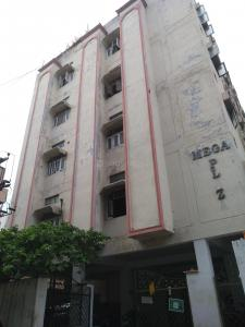 Gallery Cover Image of 1100 Sq.ft 2 BHK Apartment for buy in Mega Plaza, Banjara Hills for 6800000