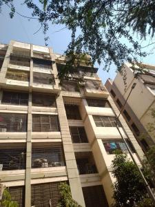 Gallery Cover Image of 430 Sq.ft 1 BHK Apartment for rent in Nazir Apartment, Vile Parle East for 34000