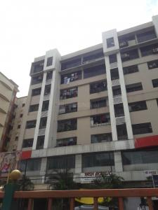 Gallery Cover Image of 650 Sq.ft 1 BHK Independent Floor for rent in Suyog, Goregaon West for 34000