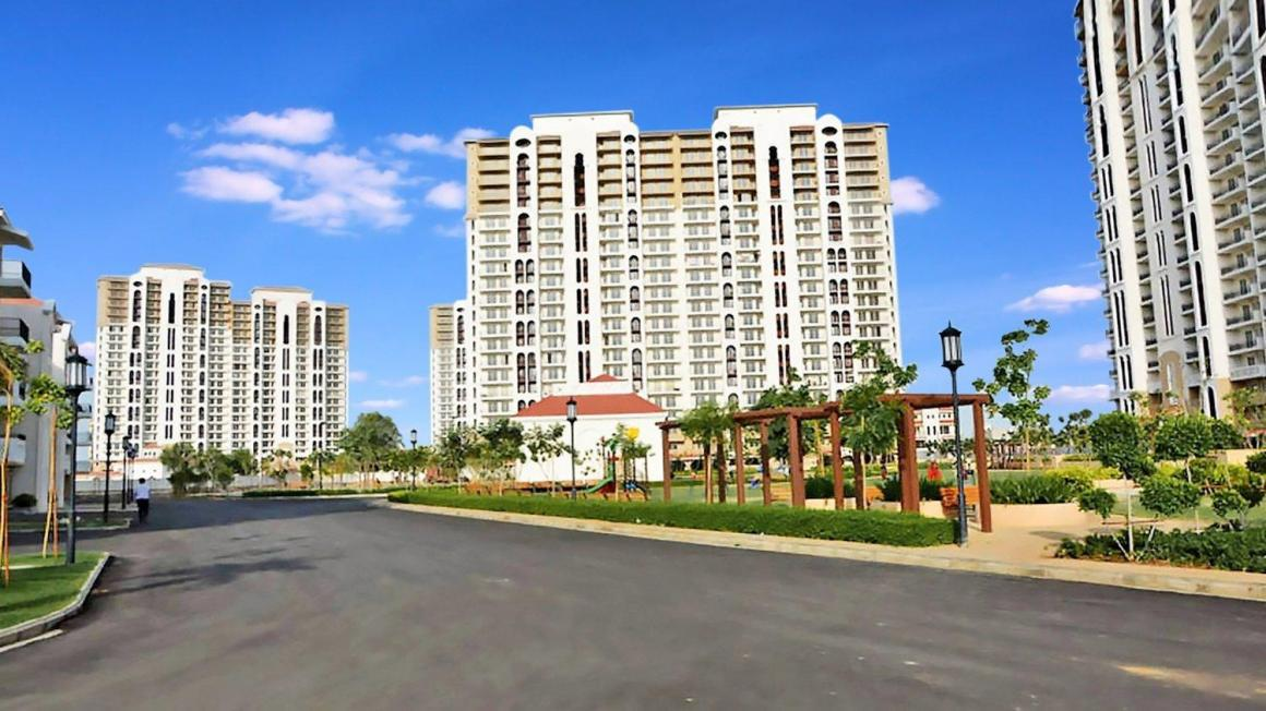 Gallery Cover Pic of DLF New Town Heights