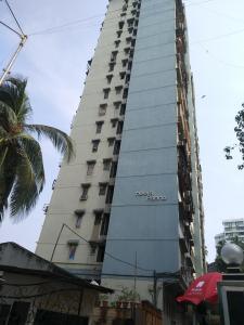 Gallery Cover Image of 700 Sq.ft 1 BHK Apartment for rent in Heera Panna Apartment, Tardeo for 85000