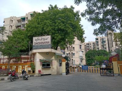 Gallery Cover Image of 1600 Sq.ft 3 BHK Apartment for buy in Dakshinayan Apartments, Sector 4 Dwarka for 14100000
