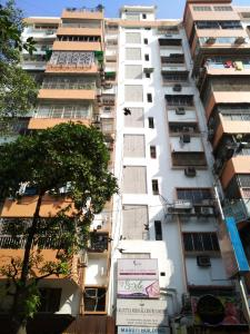 Gallery Cover Image of 1000 Sq.ft 1 BHK Independent House for rent in Arya Maruti Building, Elgin for 10000