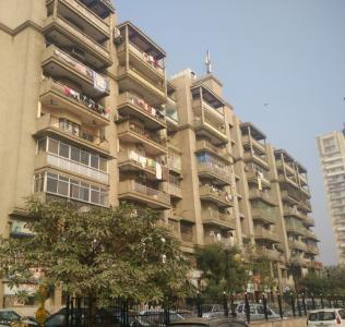Gallery Cover Image of 700 Sq.ft 1 BHK Apartment for rent in Royal Tower, Shipra Suncity for 8500